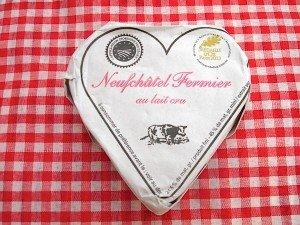 Neufchatel cheese 600